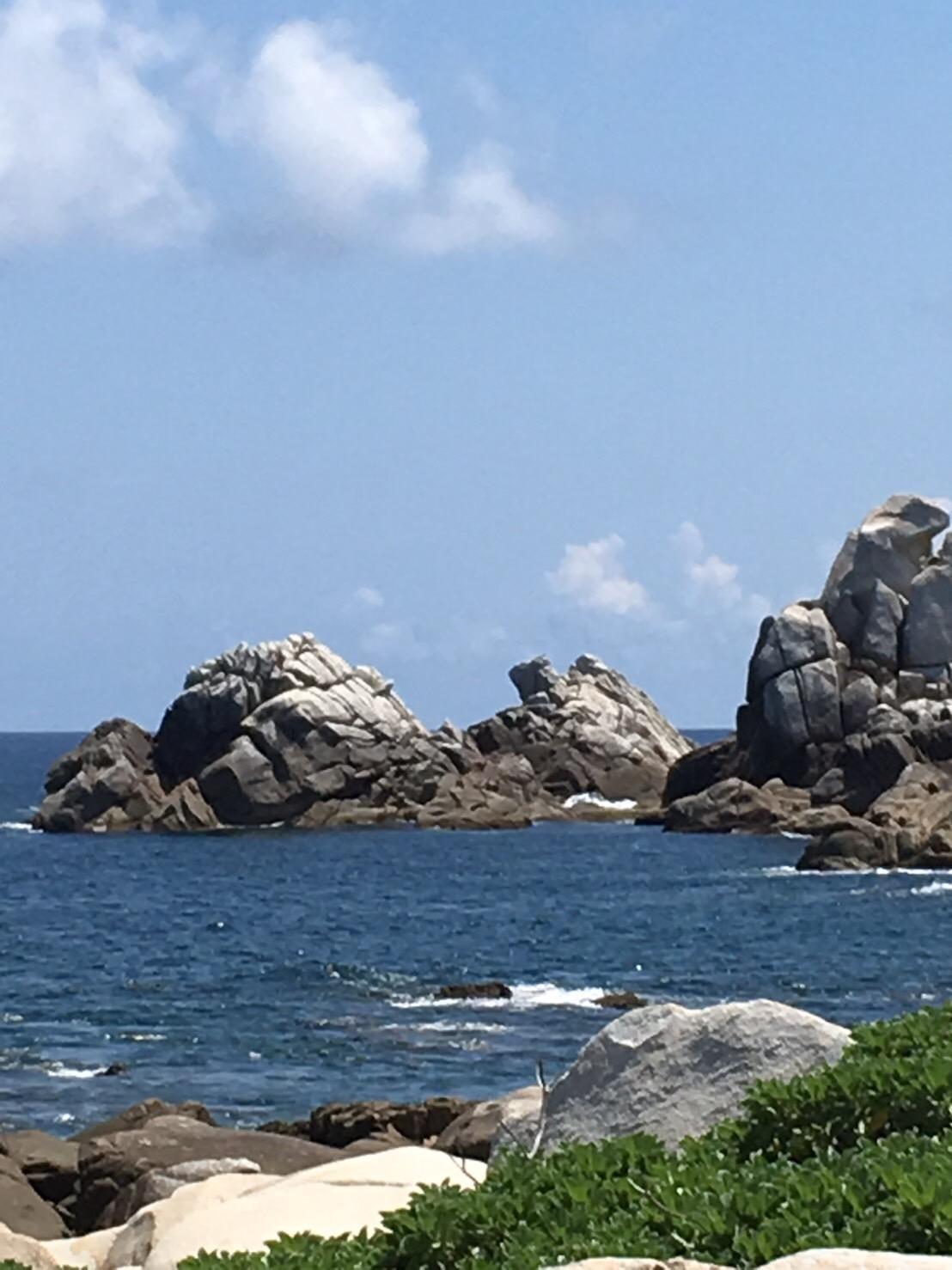 ムシロ瀬の釣り場紹介、鹿児島徳之島南国でロックフィッシュ狙いとショアキャスティングの地磯
