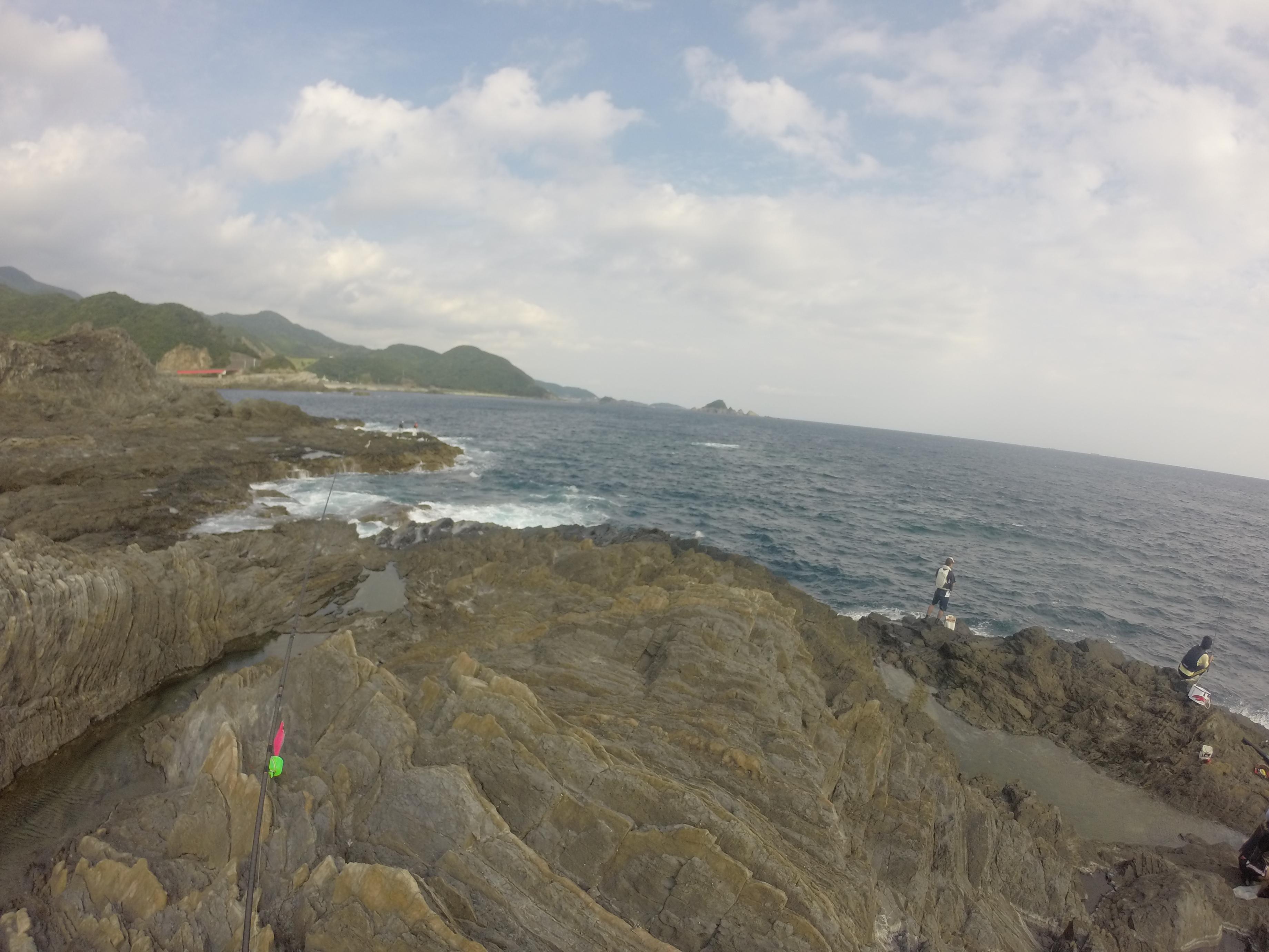 黒崎の釣り場詳細、和歌山南紀すさみの青物狙いとレッドモンスター狙いのショアジギングやエギングにオススメの一級地磯