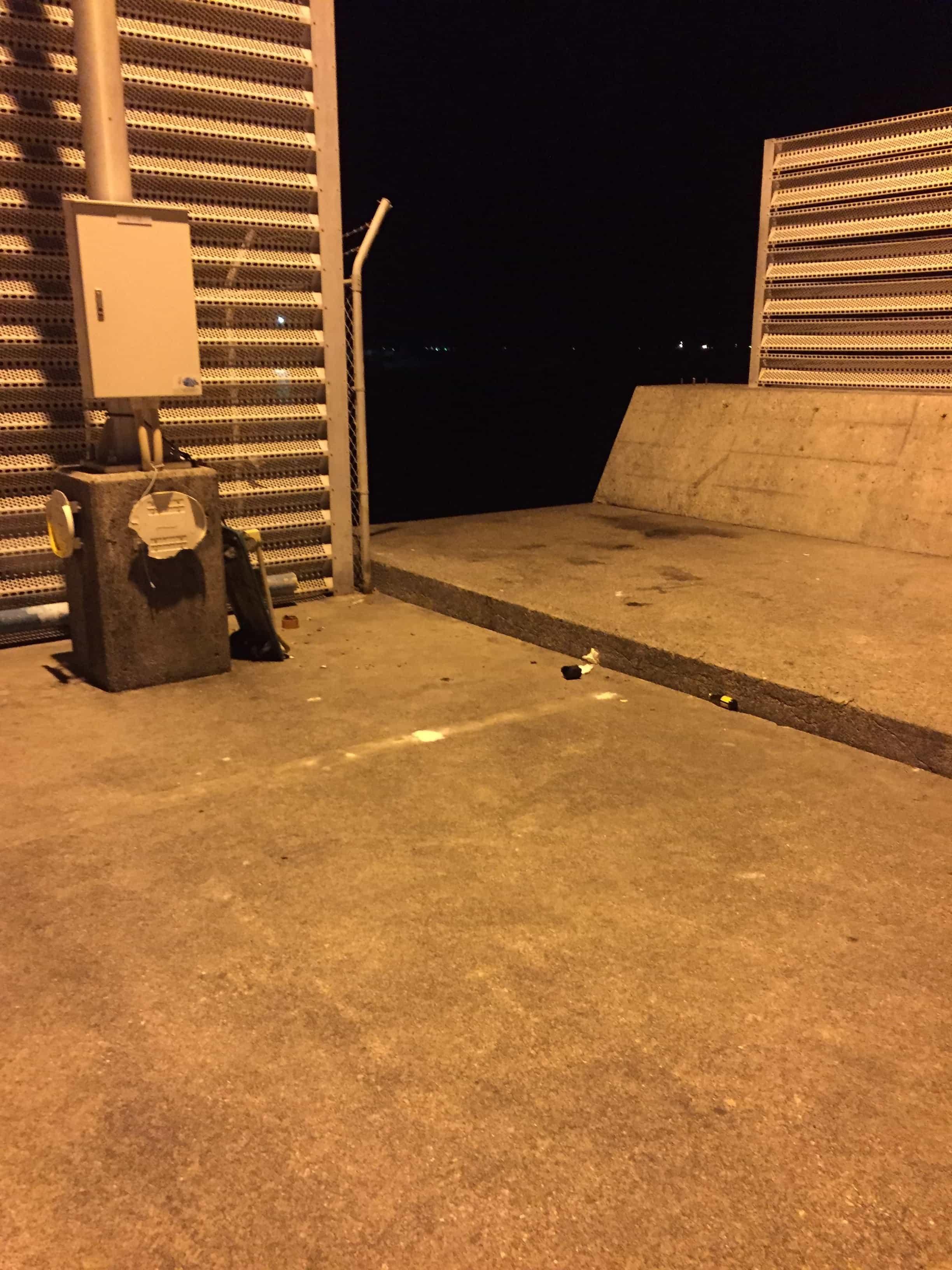 串本漁港の常夜灯ポイントの釣り場紹介(和歌山県串本)常夜灯でナイトエギング