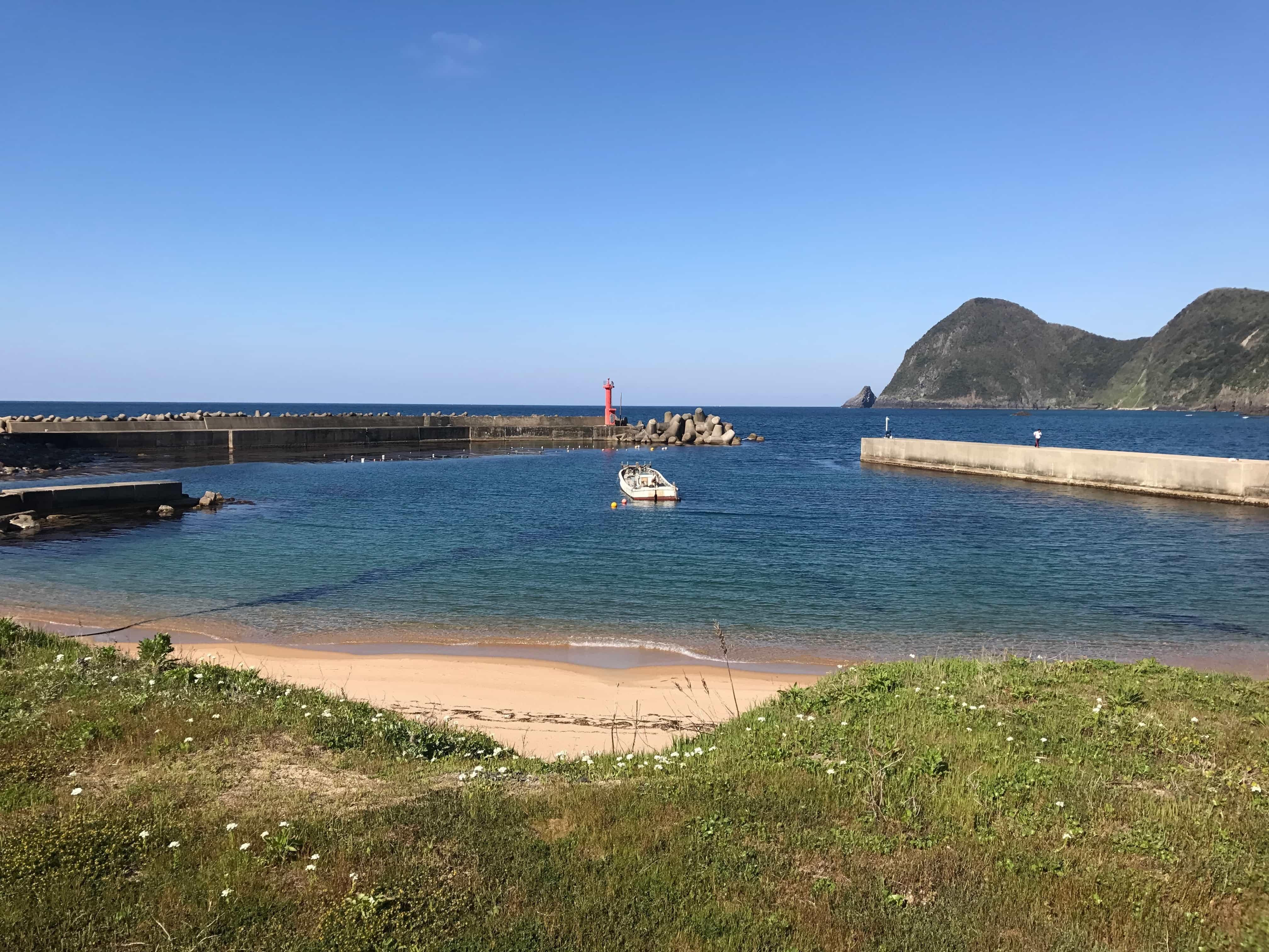 竹野漁港の釣り場紹介(京都丹後)お手軽エギング・ショアジギングにオススメの地磯と堤防