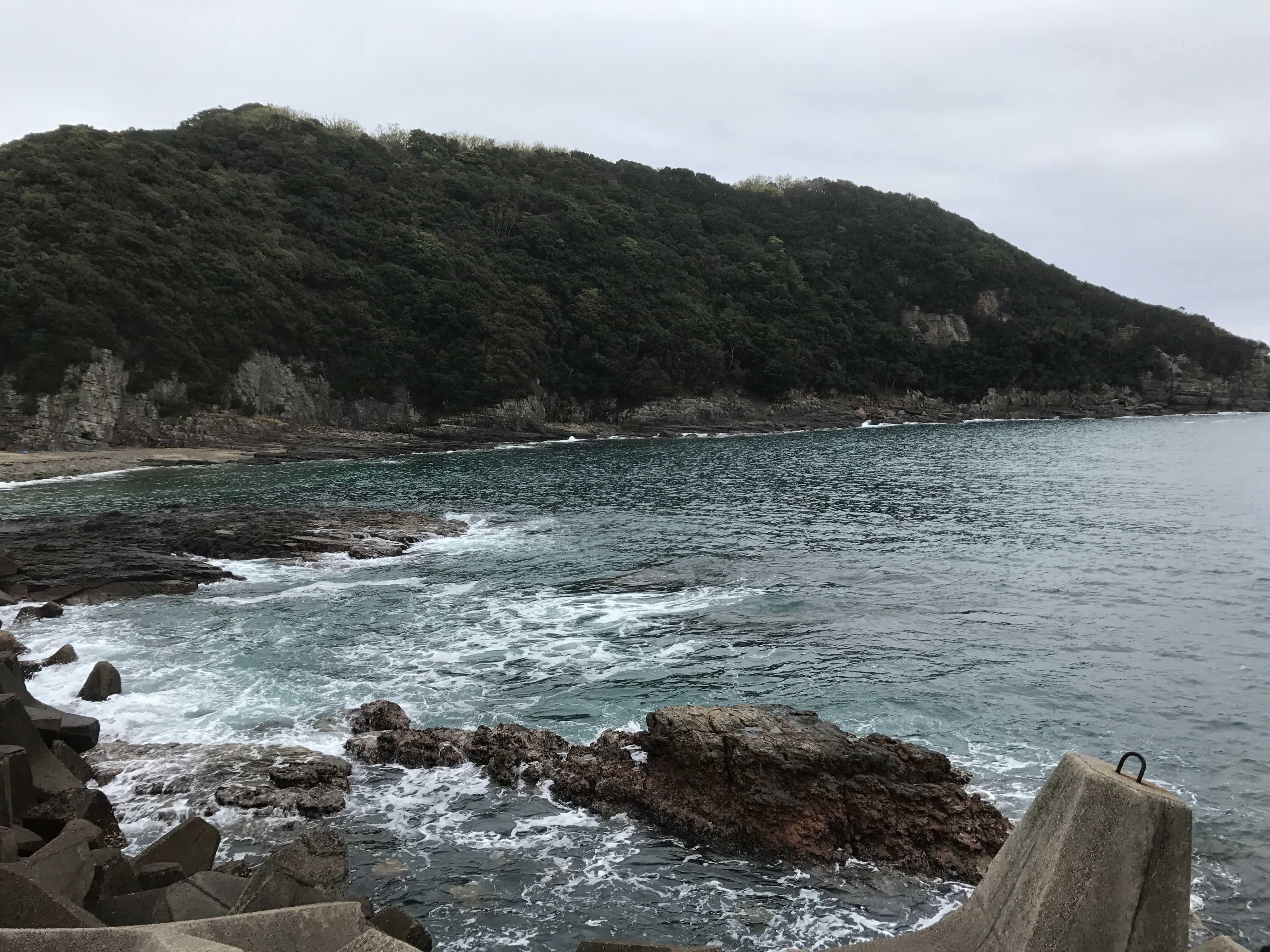 市江崎漁港の釣り場紹介(隠れた秋イカエギングオススメ漁港)