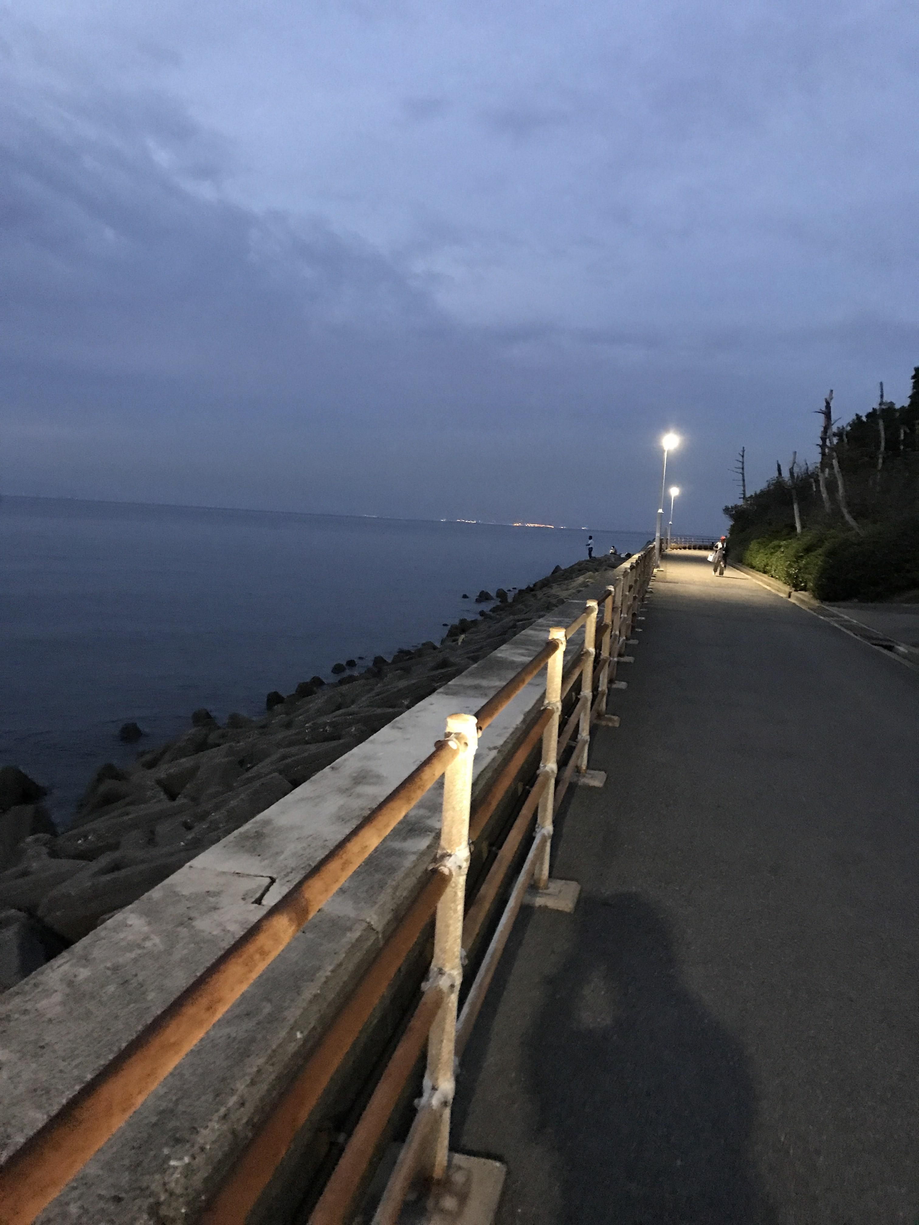 観音崎の釣り場紹介、大阪泉南のエギング・メバリングにオススメのお手軽なシャローの常夜灯のある釣り場