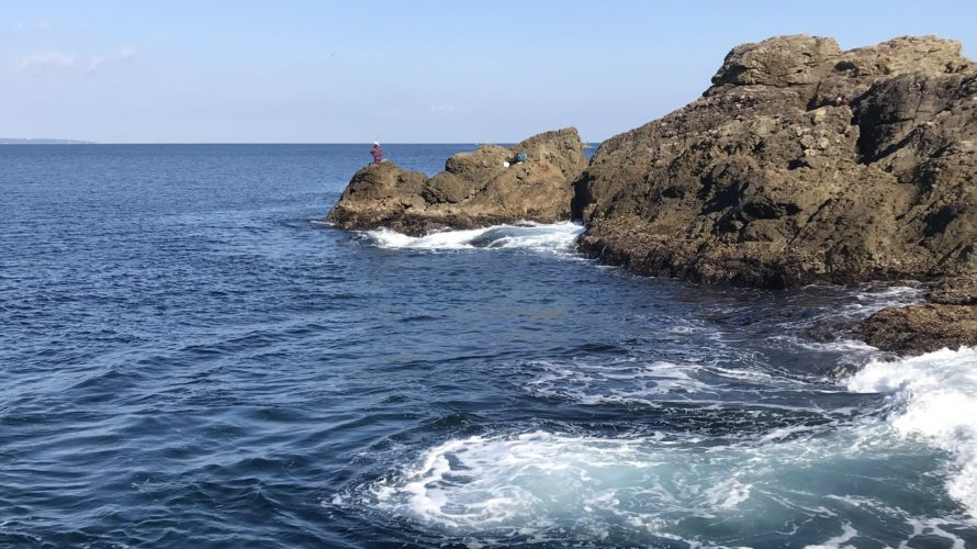 樫野崎弁天の釣り場紹介(和歌山県南紀串本大島)南風が避けられる地磯