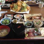 京都丹後の海の近くのごはん屋さん、絶品蒲入漁港の漁港メシで朝獲れ魚の刺身やてんぷらがオススメ