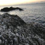串本出雲白崎の釣り場紹介、和歌山県南紀串本の冬イカ狙いにもオススメの深場と浅場の隣接するドン深い地磯