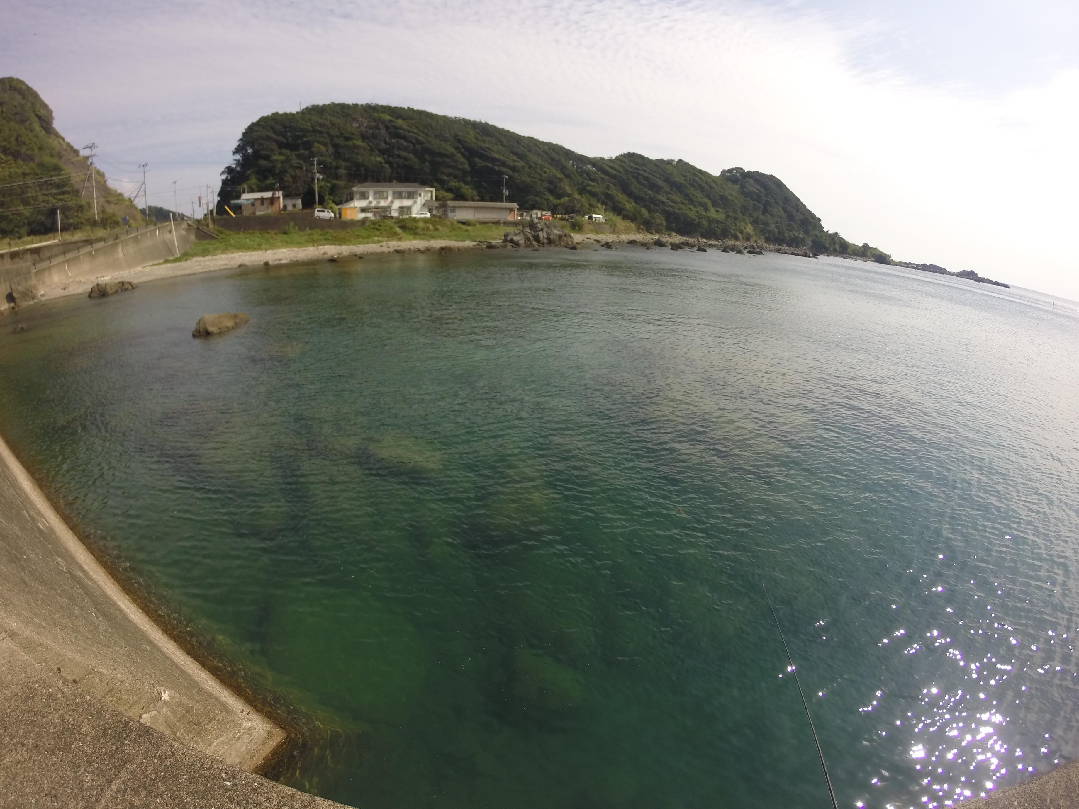 田並漁港の釣り場紹介、和歌山南紀のエギングにオススメのシャローもゴロタも常夜灯もある漁港(釣り禁止)