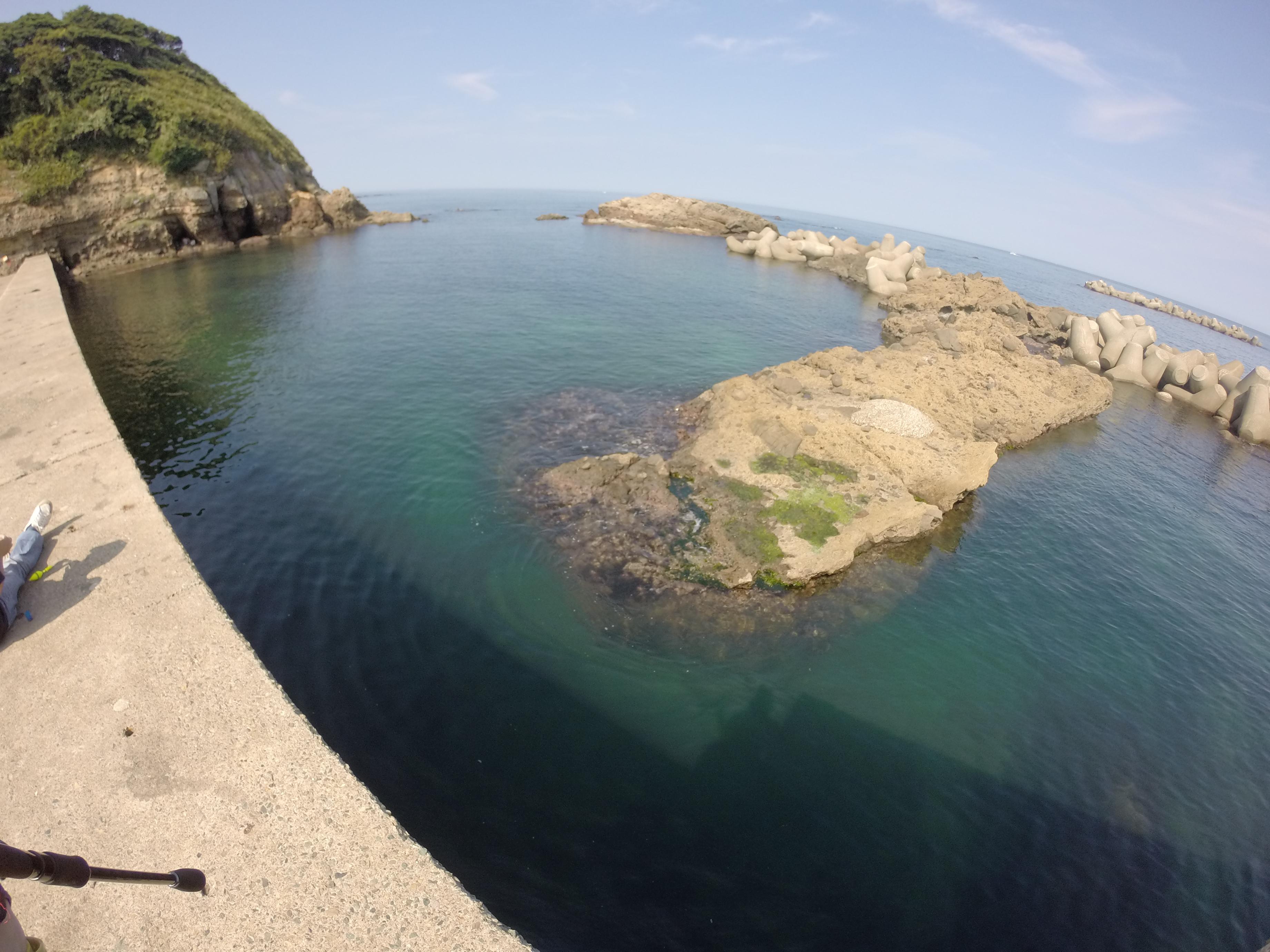 浅茂川漁港の釣り場紹介、京都丹後のエギングとファミリーフィッシングにオススメの漁港