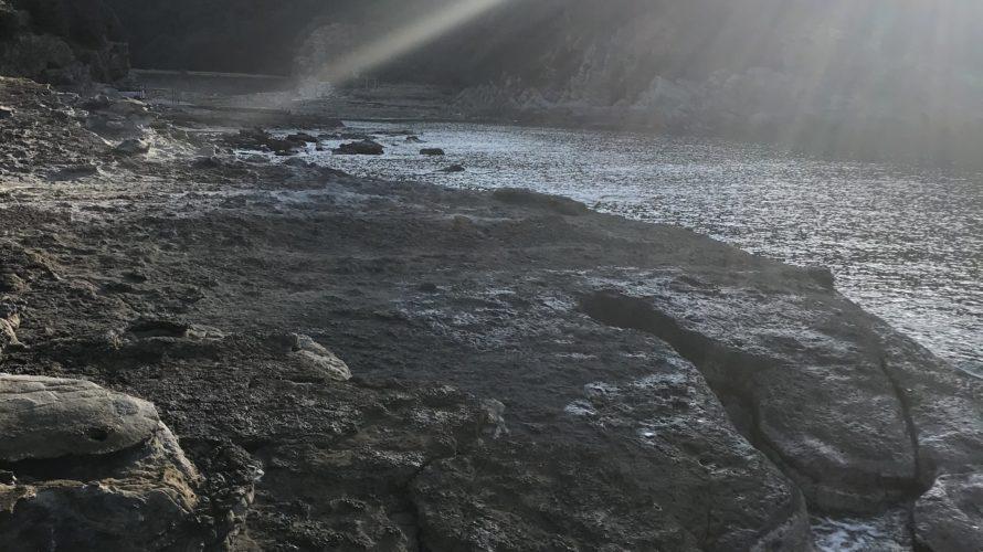 椿伊勢ヶ谷の地磯、和歌山県南紀白浜の春イカ狙いのエギングにオススメのドシャロー地磯