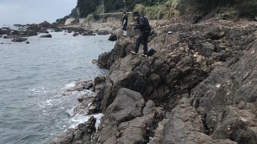 『煙樹ヶ浜横の地磯釣り場「潮吹き岩」』秋のエギングにオススメの北風に強いポイント【和歌山】