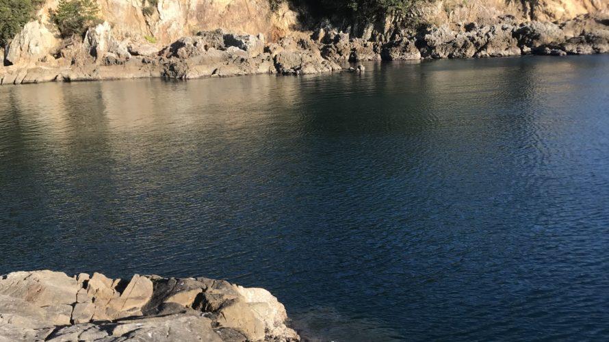 和歌山南紀串本大島の北風に強い地磯エギングポイント峰地の釣り場紹介